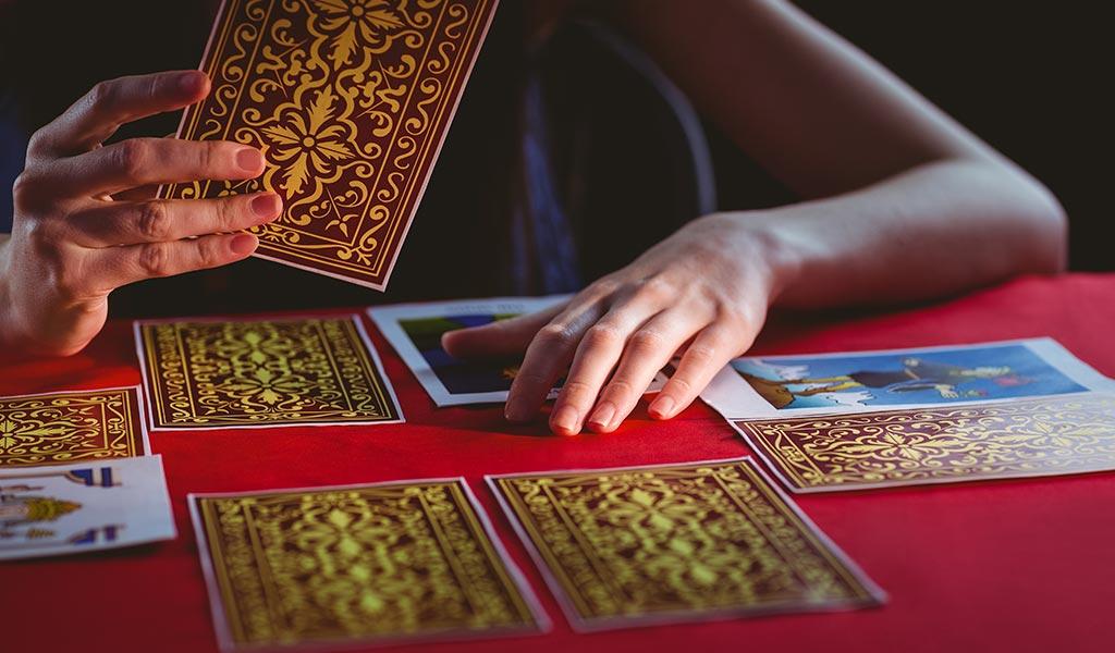 Kann man Tarotkarten glauben?